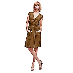 HotSquash - Brown Kneelength Sleeveless Dress in Clever Fabric