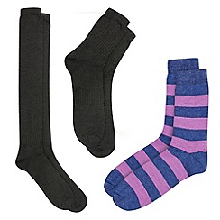 HotSquash - 3 Thin Thermal Socks That Fit In Your Shoes