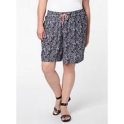 Evans - Navy printed crinkle shorts