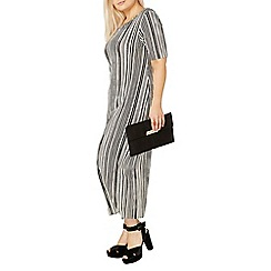 Evans - Black and white pleated dress