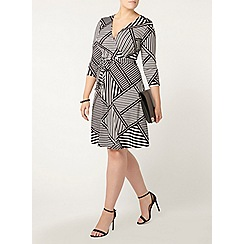 Evans - Striped hourglass fit wrap dress