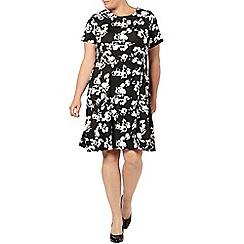 Evans - Mono floral print swing dress