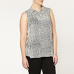 Evans - Ivory stripe sleeveless shirt
