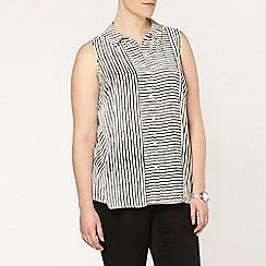 Evans - Ivory stripe sleeveless shirt