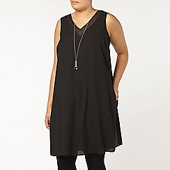 Evans - Black longline woven vest