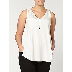 Evans - Ivory jersey vest