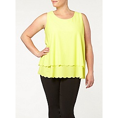 Evans - Yellow layer scallop top