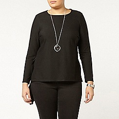 Evans - Black dipped hem top