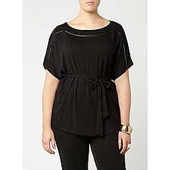 Evans - Black belted top