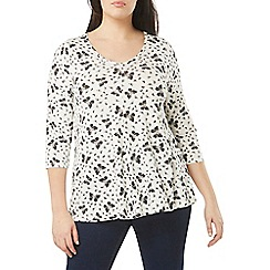 Evans - Ivory butterfly print 3/4 sleeve top