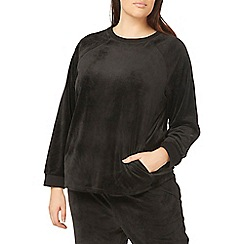 Evans - Black lounge fleece top