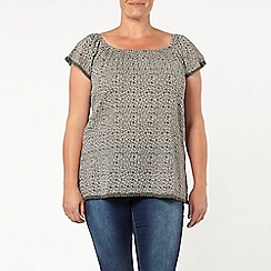 Evans - Green tile print gypsy top