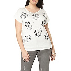 Evans - Ivory premium embroidered t-shirt