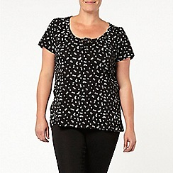 Evans - Black gypsy top with ivory print