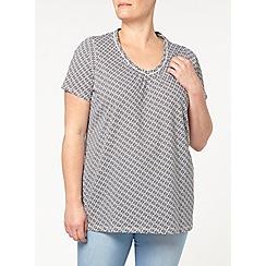 Evans - Black and white v neck t-shirt