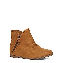 Evans - Tan suedette zip ankle boot