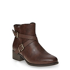 Evans - Brown square toe ankle boot