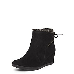 Evans - Extra wide fit black borg trim wedge boots