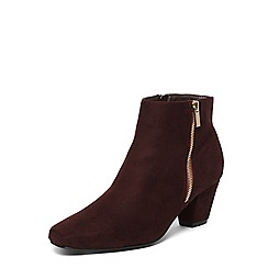 Evans - Extra wide fit burgundy red square toe ankle boots
