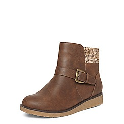 Evans - Extra wide fit brown knit insert ankle boots