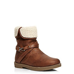 Evans - Extra wide tan shearling trim boots