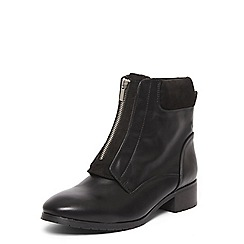 Evans - Extra wide fit black zip front biker ankle boots