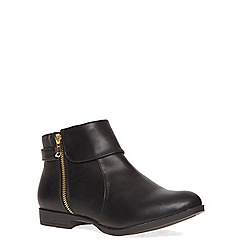 Evans - Extra wide fit black foldover zip ankle boot