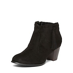 Evans - Extra wide fit black tassel ankle boots