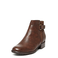 Evans - Extra wide fit brown round toe buckle boots