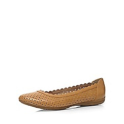 Evans - Extra wide fit tan scalloped comfort shoe
