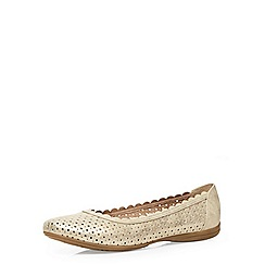 Evans - Extra wide fit gold scalloped comfort shoe