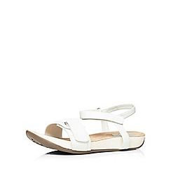Evans - White adjustable comfort sandal