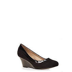 Evans - Black suedette and patent wedges
