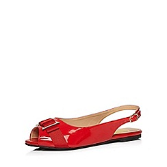 Evans - Extra wide fit red bow patent slingback