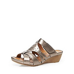 Evans - Extra wide fit silver comfort wedge