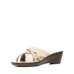 Evans - Extra wide fit nude and gold glitter detail wedge