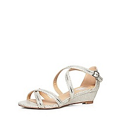 Evans - Extra wide fit silver strappy snakeskin texture wedges
