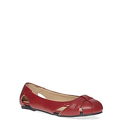 Evans - Extra wide fit red cut out pump