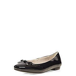 Evans - Extra wide fit black patent ballet flat