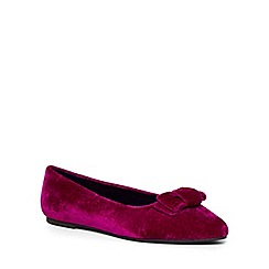 Evans - Extra wide fit pink velvet bow point pumps