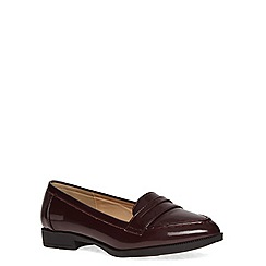 Evans - Extra wide fit berry patent loafer