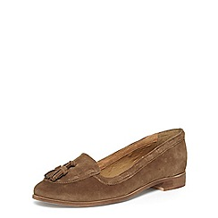 Evans - Extra wide fit brown suede tassel loafers