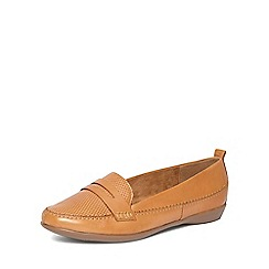 Evans - Extra wide fit tan comfort leather slip-on loafers