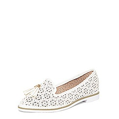 Evans - Extra wide fit white punch out loafers