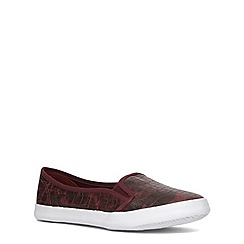 Evans - Extra wide fit berry reptile low skater shoe