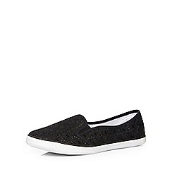 Evans - Extra wide fit black lace skater