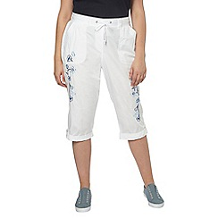 Evans - White embroidered crop trousers