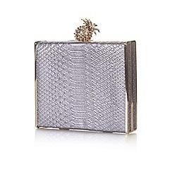 Yumi - Silver pineapple clutch bag