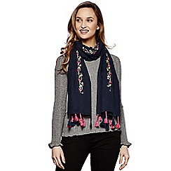 Yumi - Navy floral embroidered tassel scarf