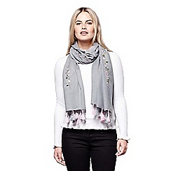 Yumi - Grey floral embroidered tassel scarf